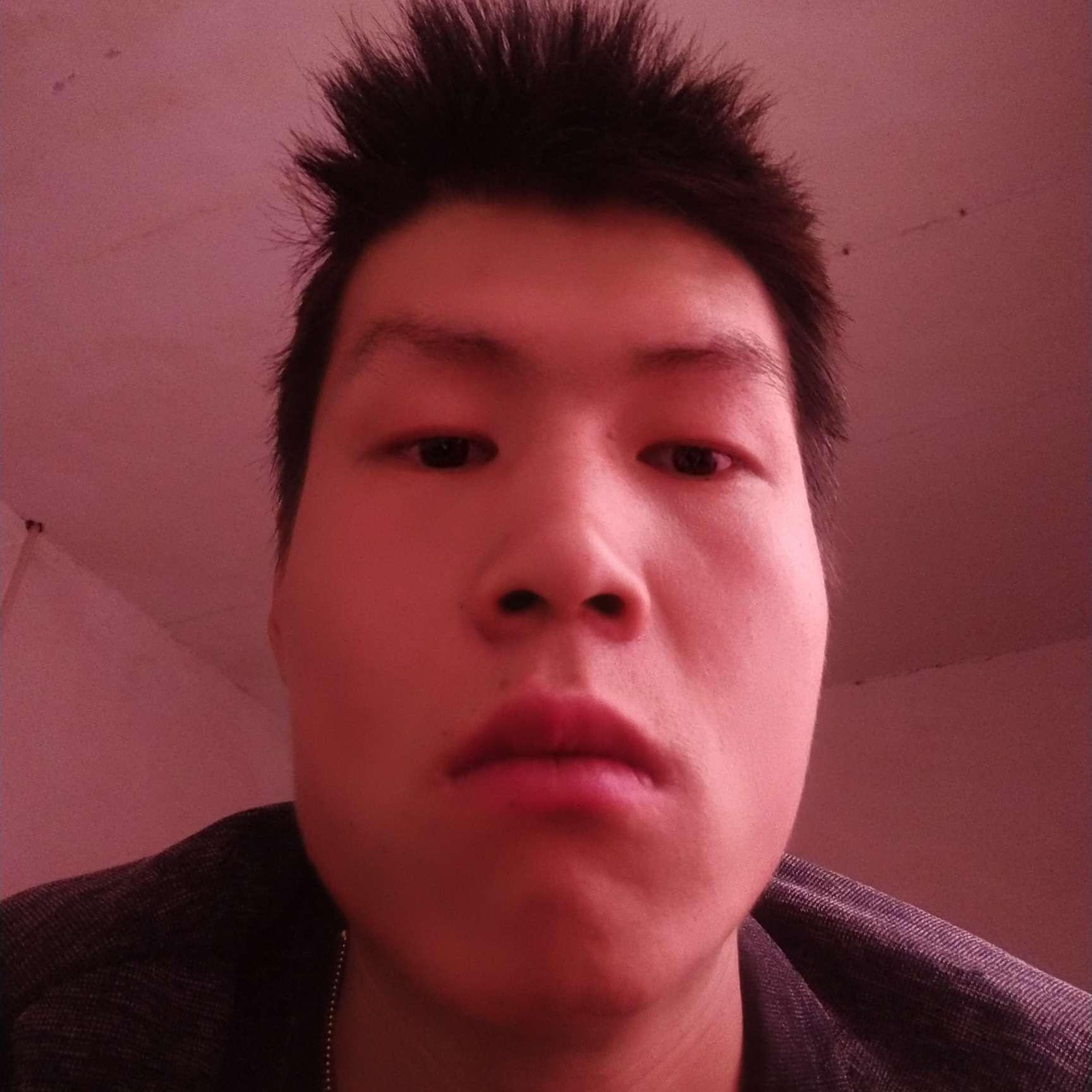 岳鹏斌的照片