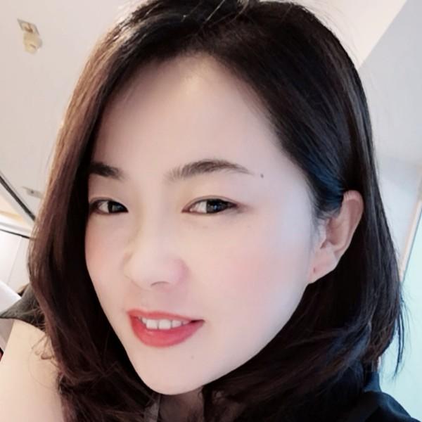 冯丽的照片