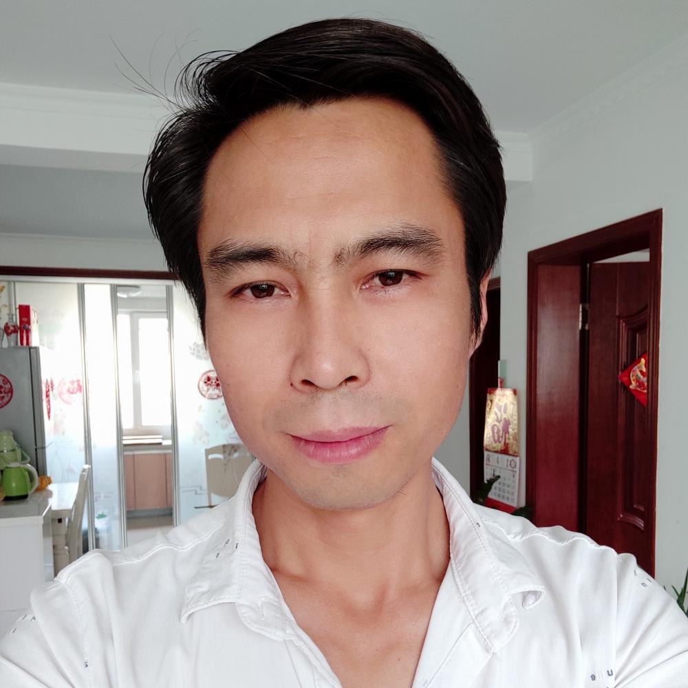 王新平的照片