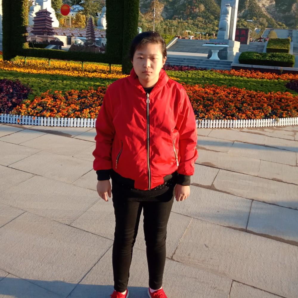 梅宇的照片