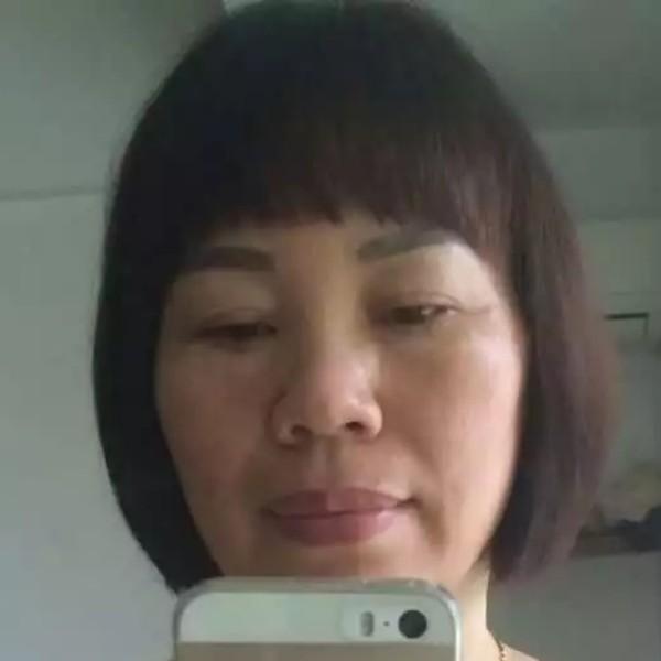 丁桂英的照片