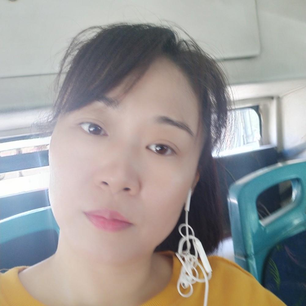 伶俐紫萱的照片