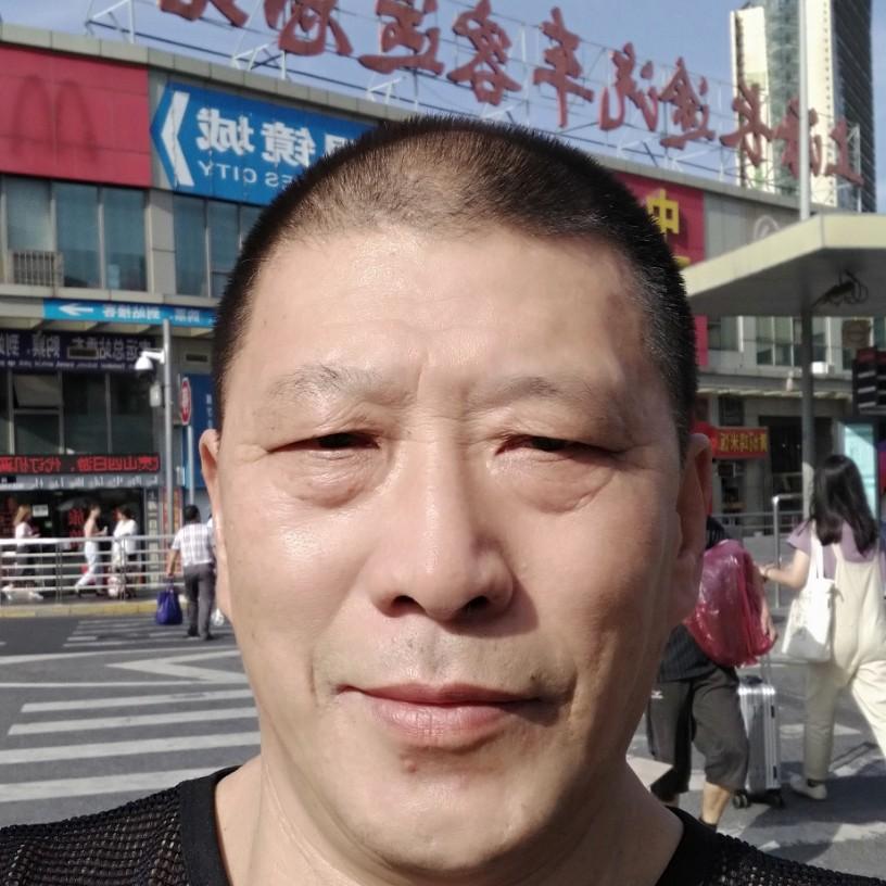 冯箐广的照片