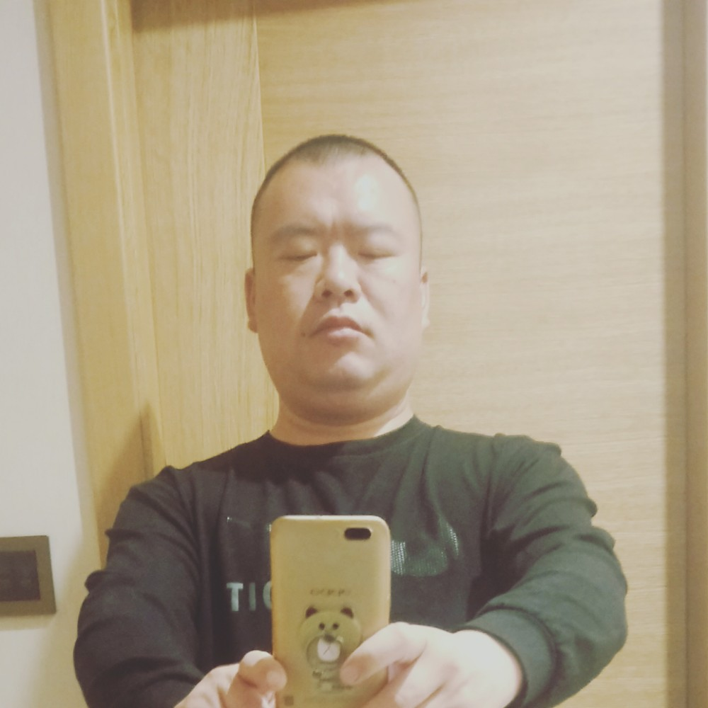 随机枫亭的照片