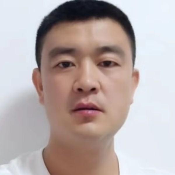 李国杨的照片