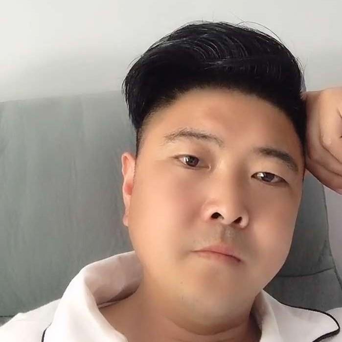 赵雨雄的照片