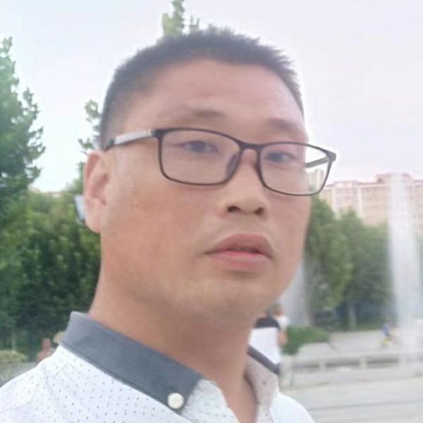 孔磊的照片