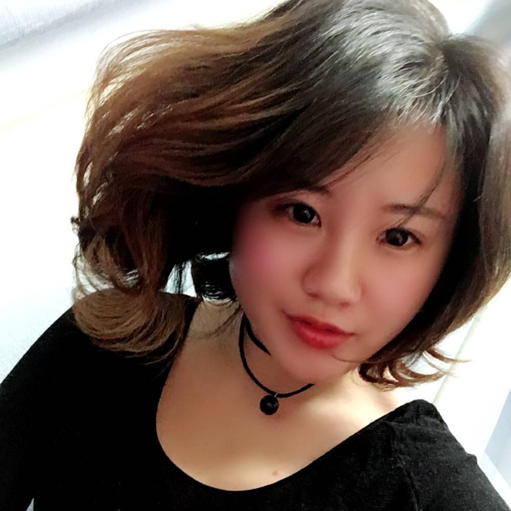 张芸嫣的照片