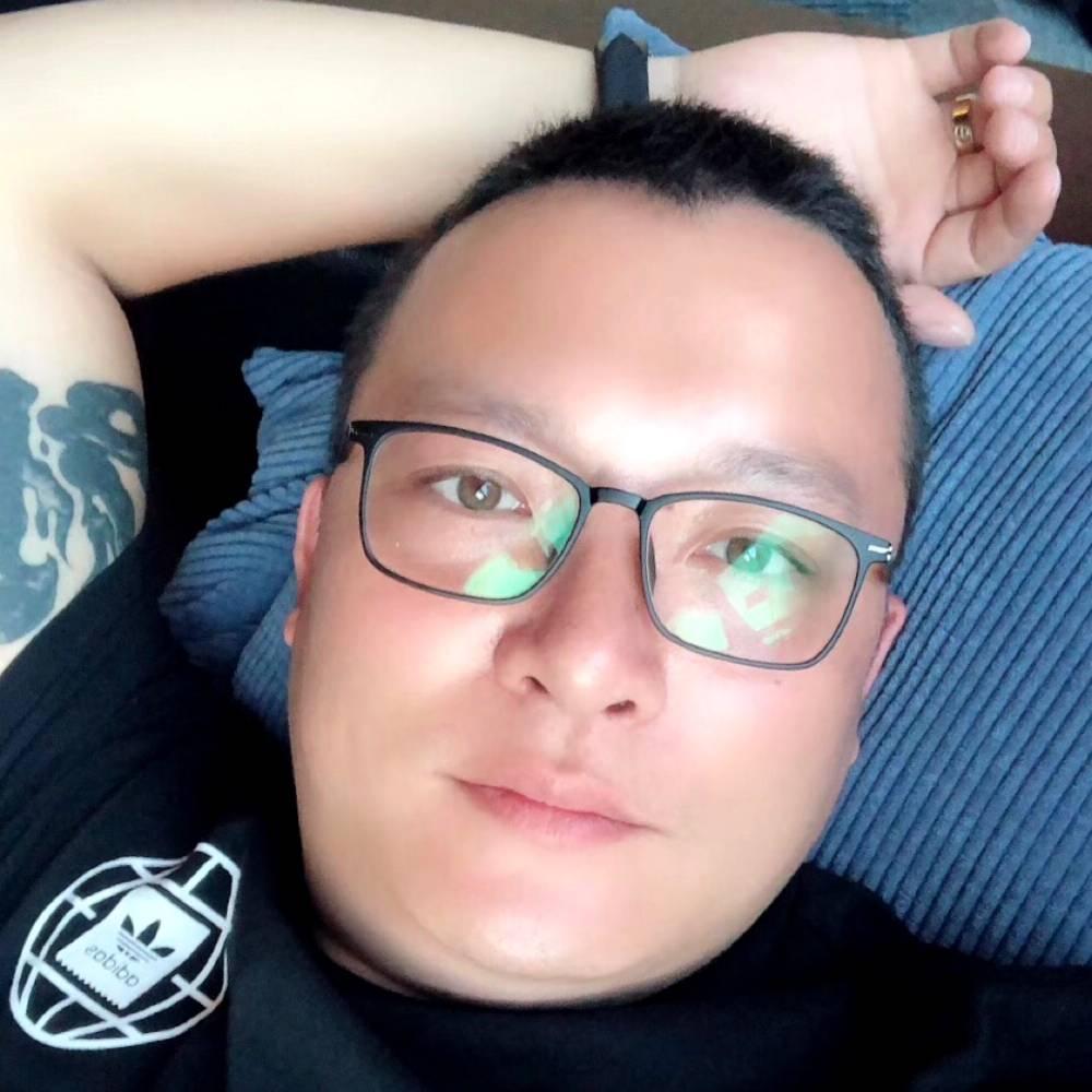 农民工庆哥哥的照片