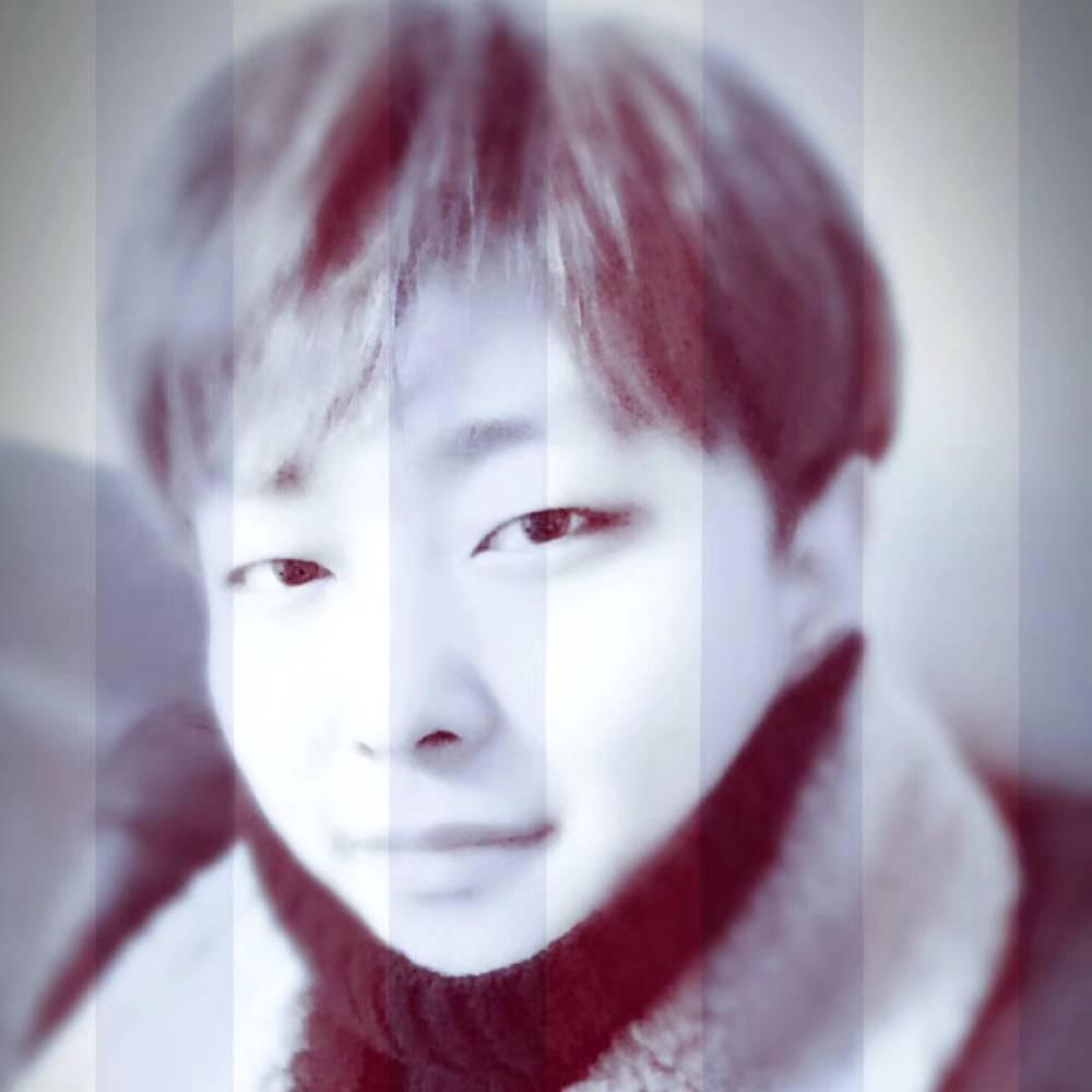 YOON-的照片