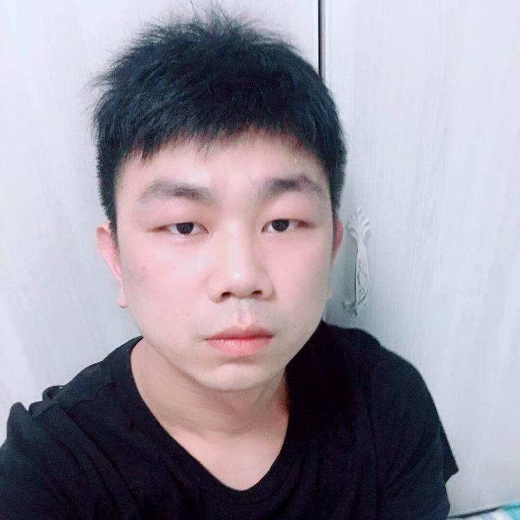 王颂的照片