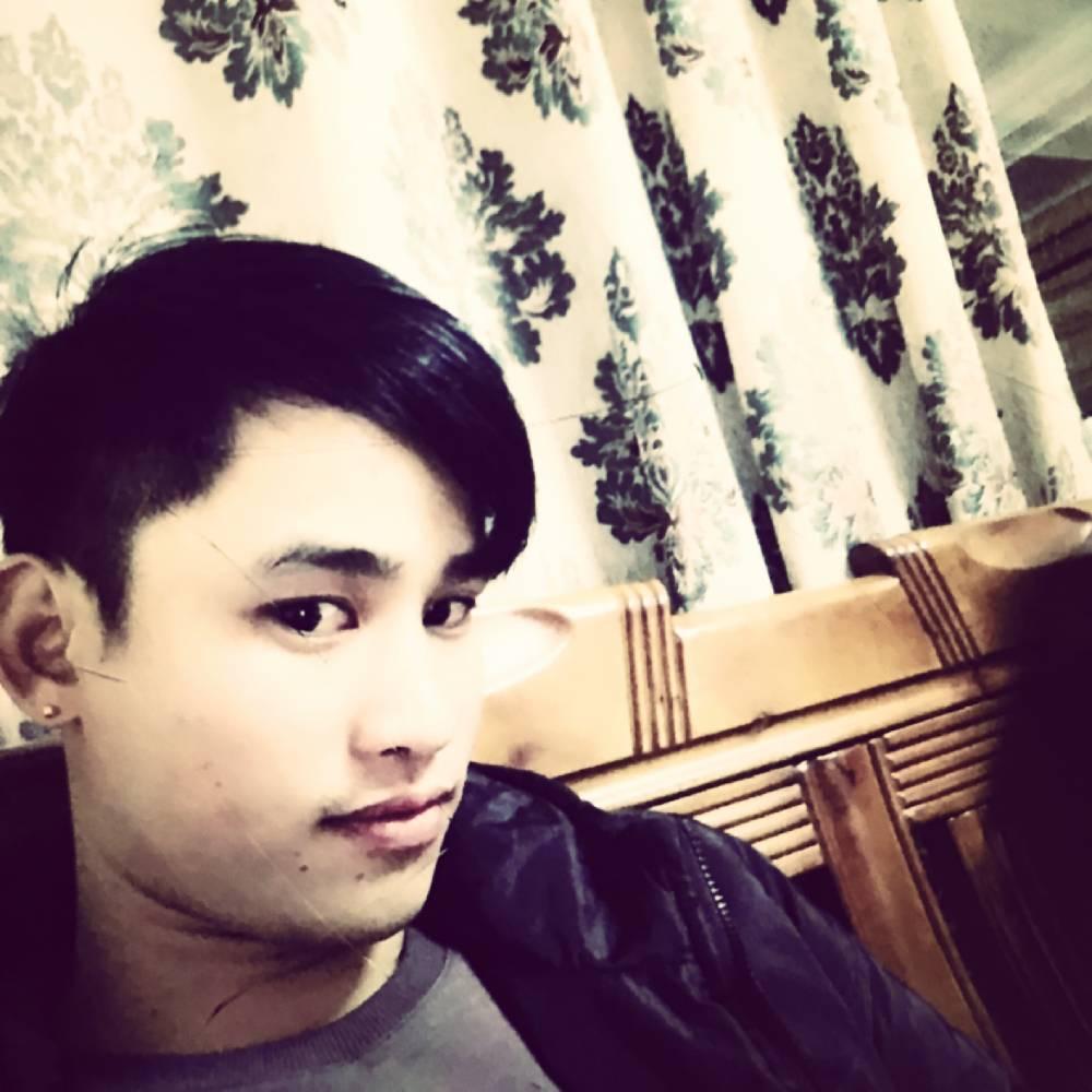 小林彡的照片