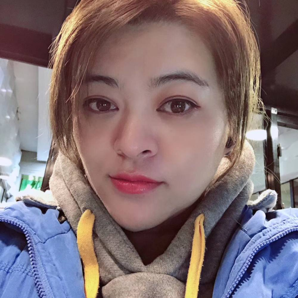 Tong瑶的照片