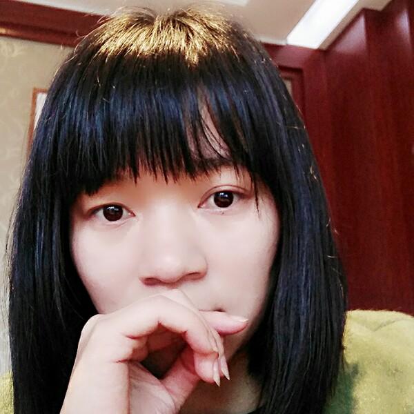 吴若筠的照片