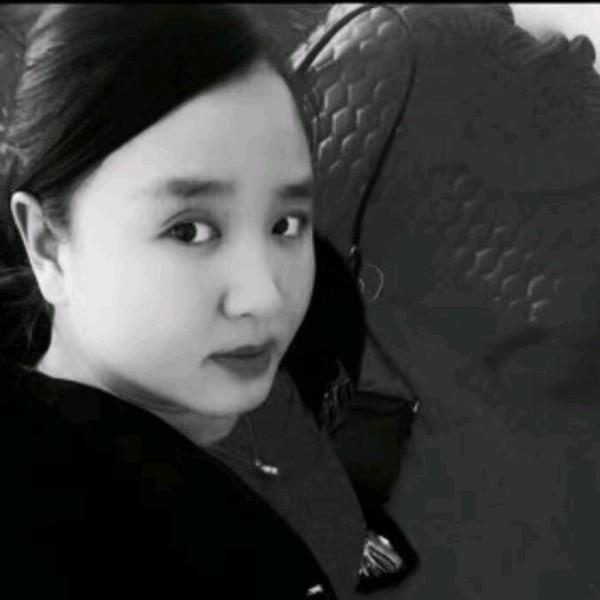 袁媛爱妈妈的照片