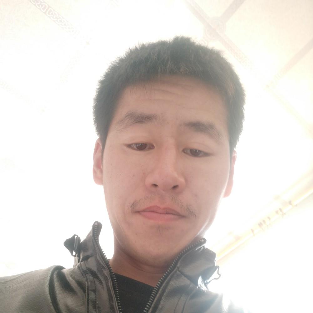 候晓峰的照片
