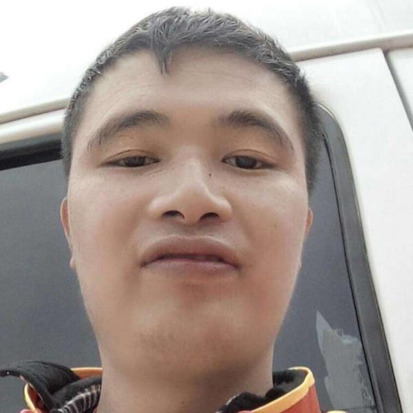 江华小韦的照片
