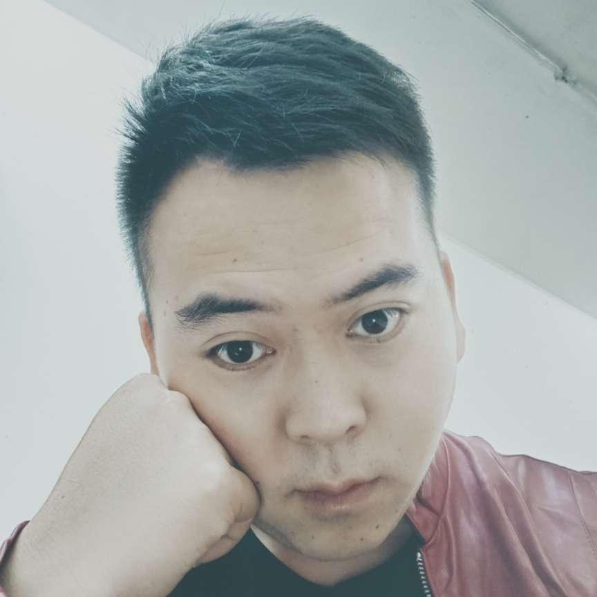 钟玮哥哥的照片