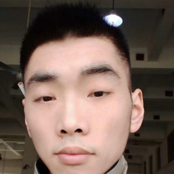 钱东岳的照片