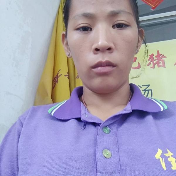 刘依玲的照片