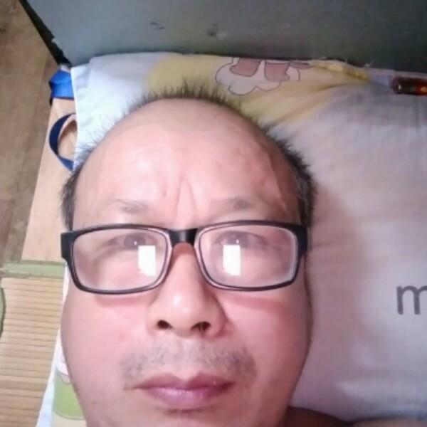 辛苦的老头的照片