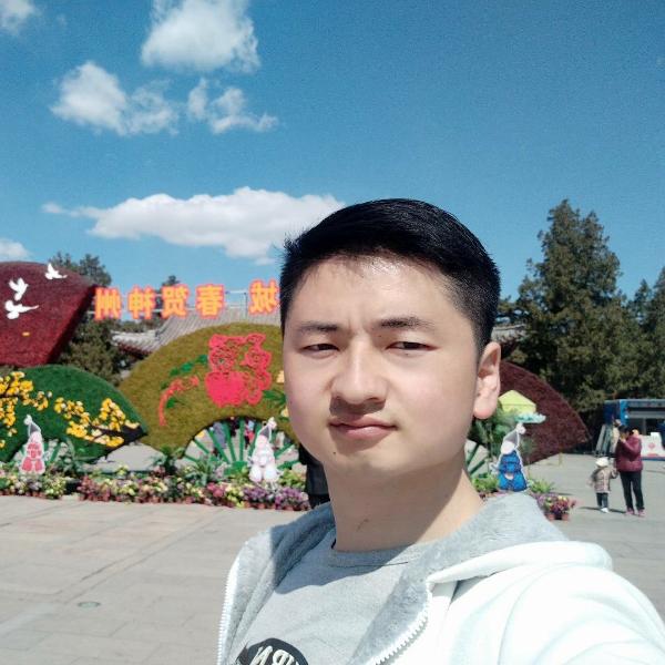 刘小晨的照片
