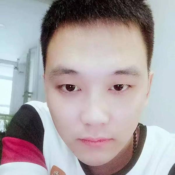 陈玉 龙的照片