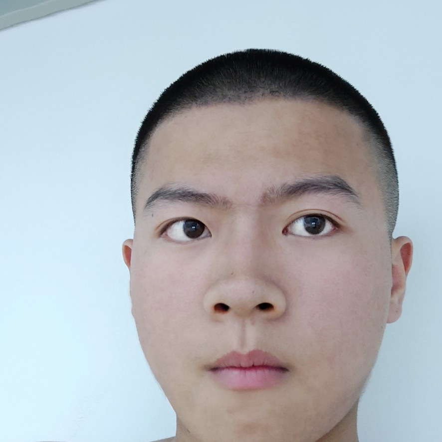 小方坤的照片