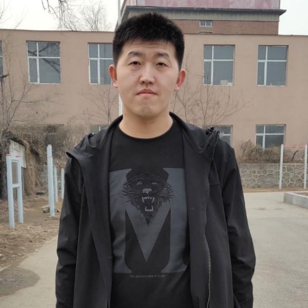 李鸿昊的照片
