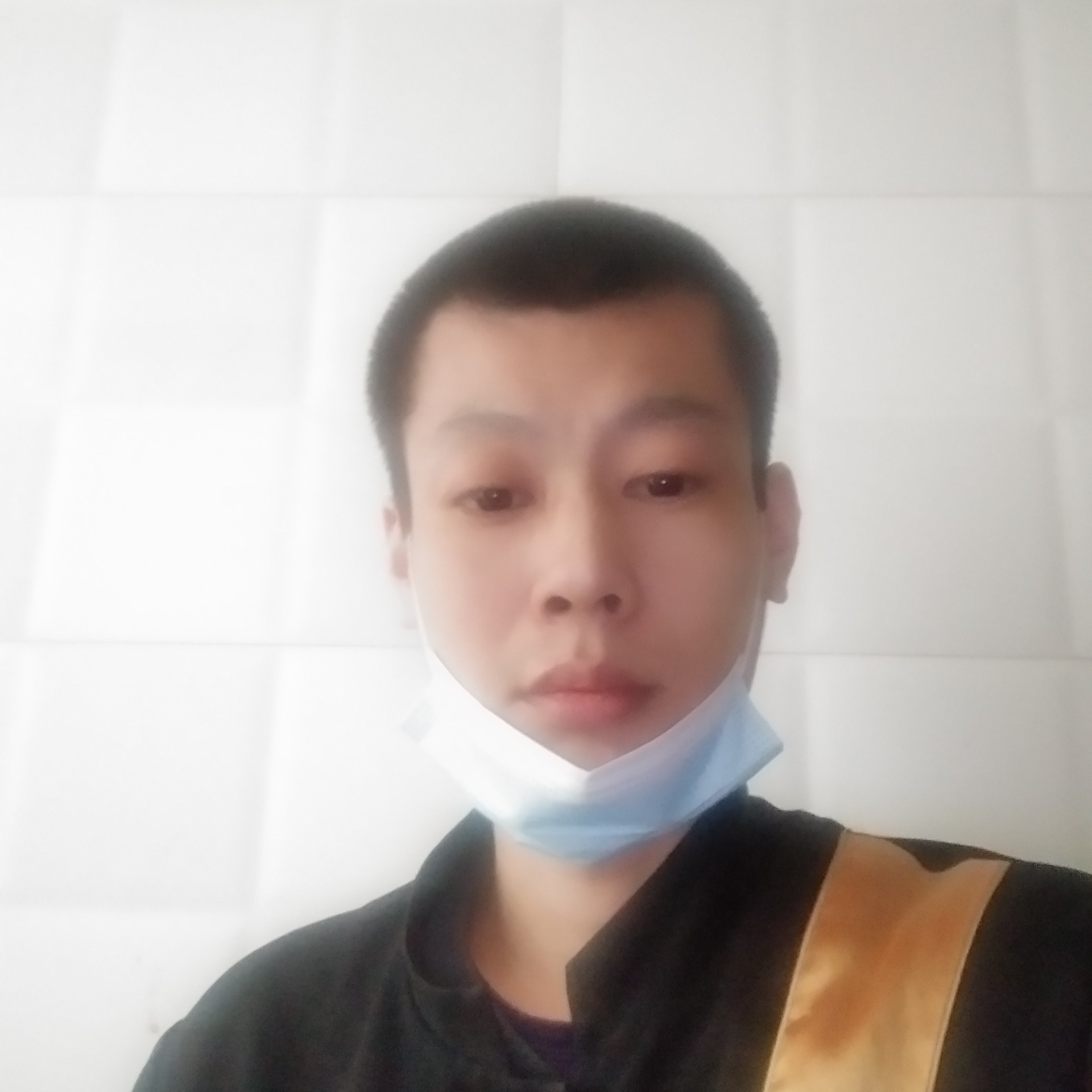 韩锏的照片