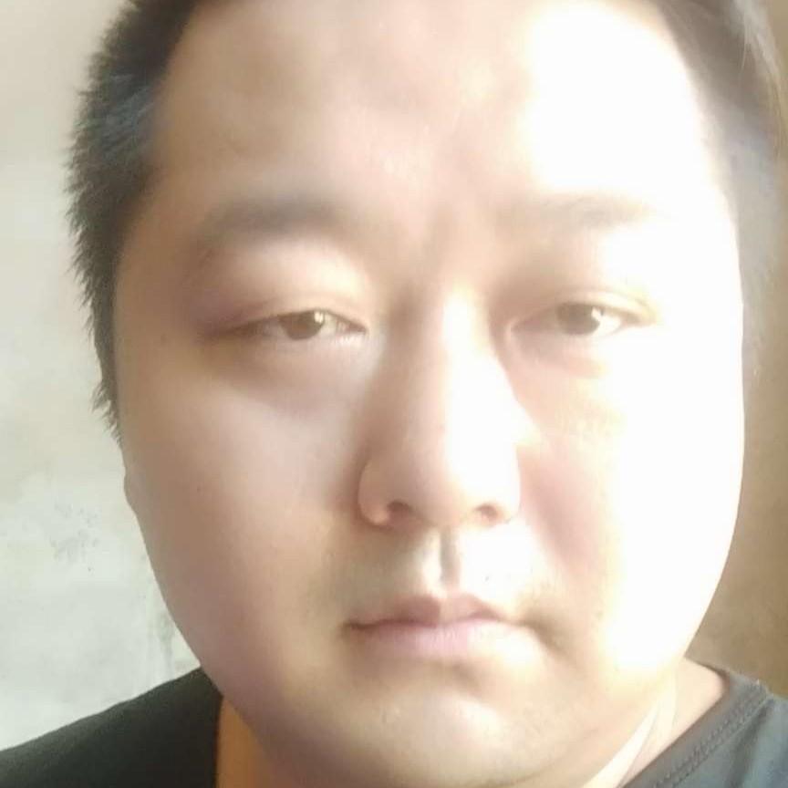 细唐哥哥的照片