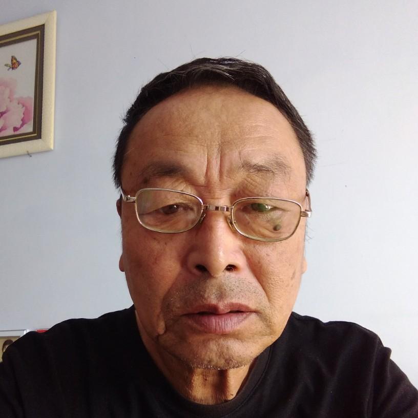 魁梧蹁躚沐櫻的照片