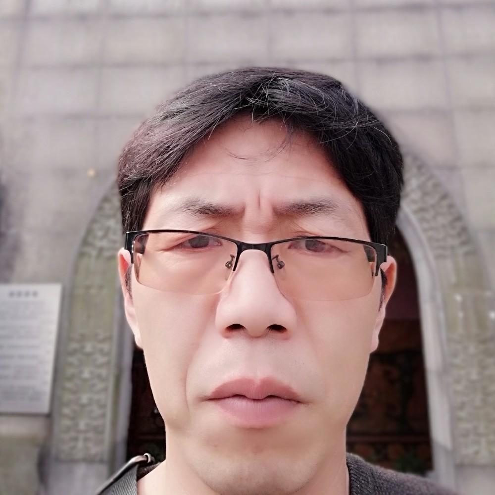 秦泉人的照片