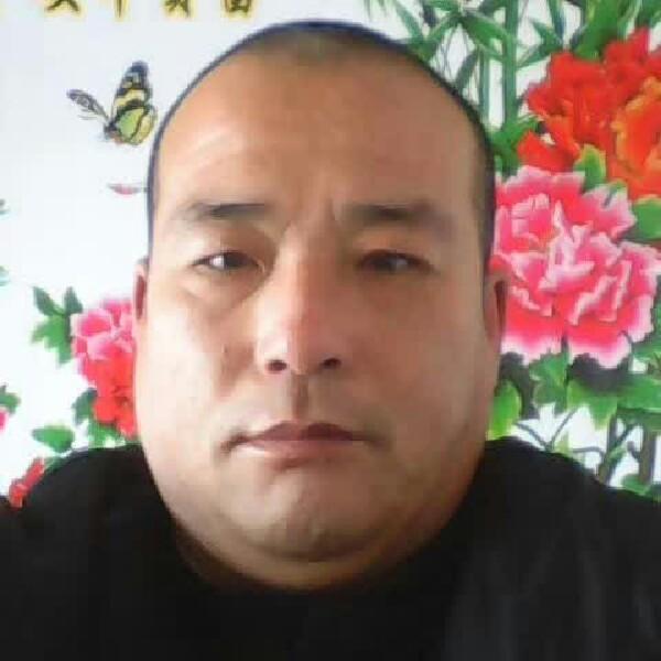王凤国出生。一九的照片