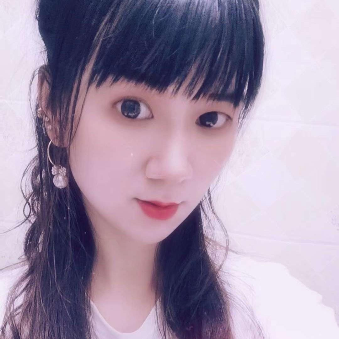 诺言浅吻贤惠的照片