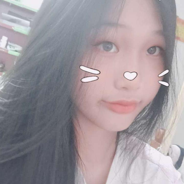 紫萱浅吻爱撒娇的照片