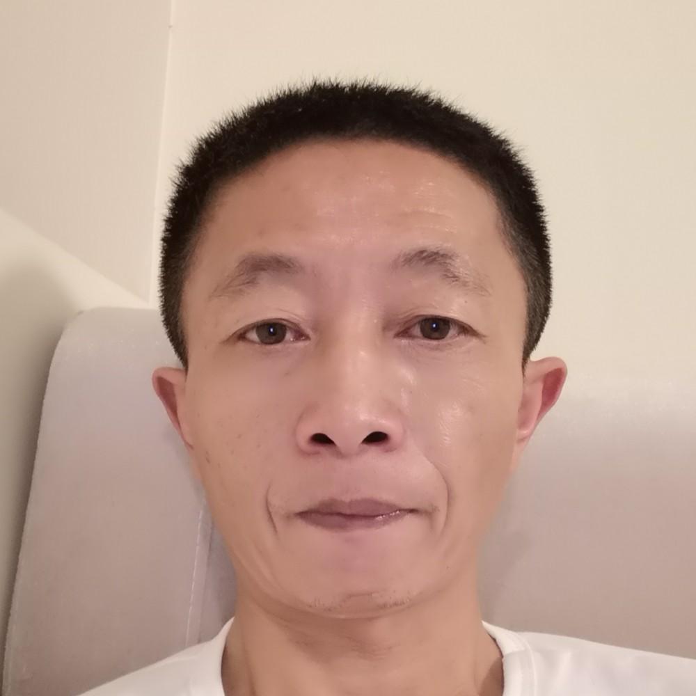 平淡蹁跹老师的照片
