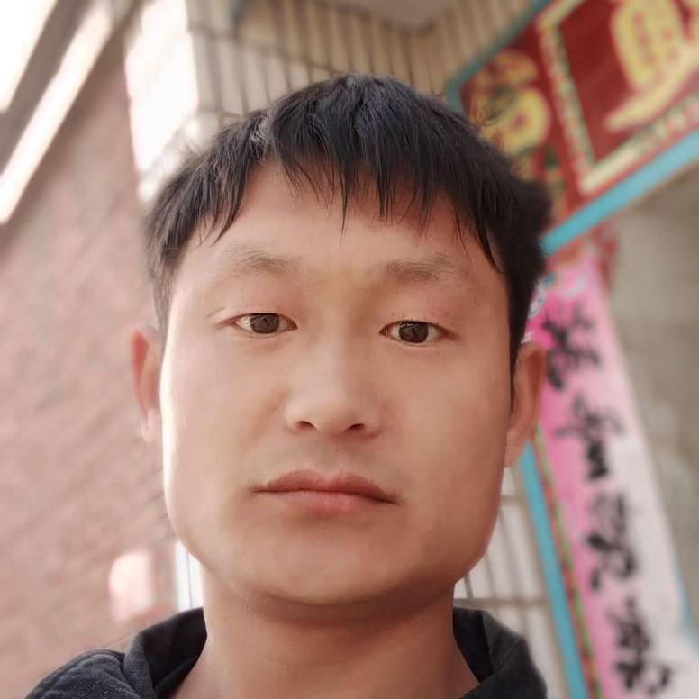 刘姣龙的照片