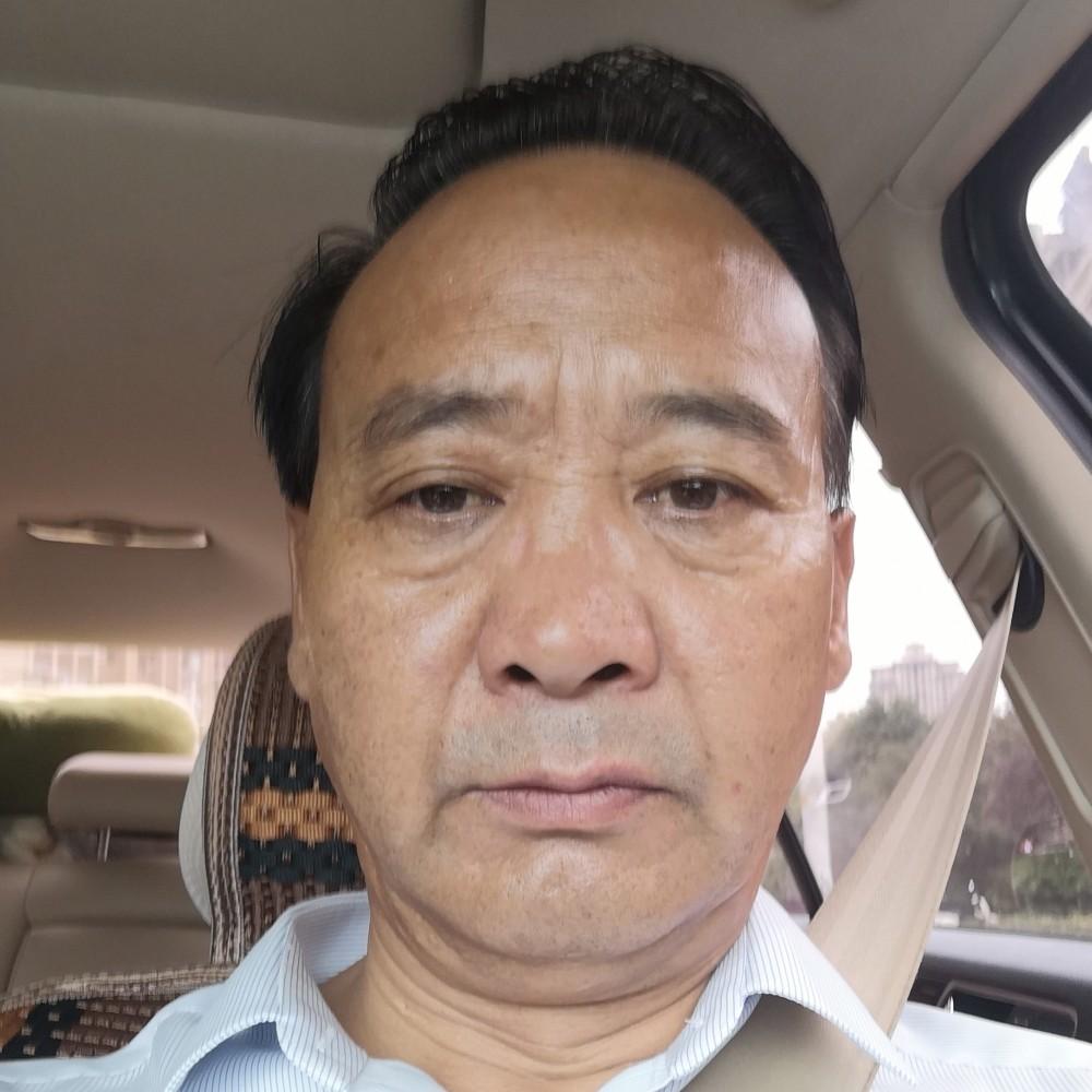 铁人在中国的照片