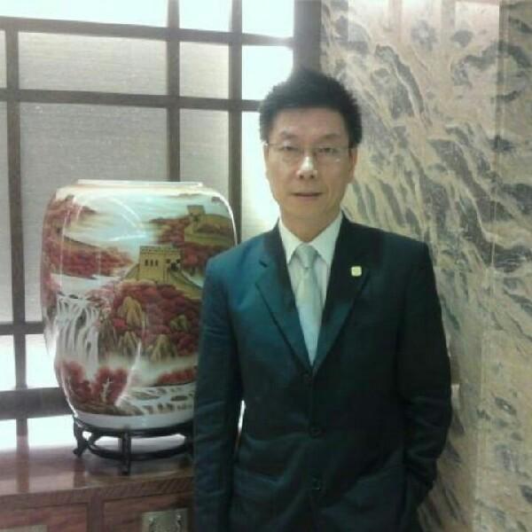 李尚春照片