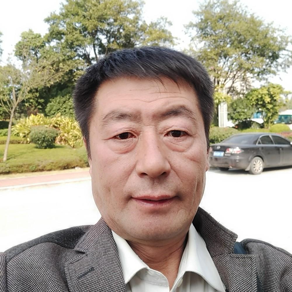 儒雅河马的照片