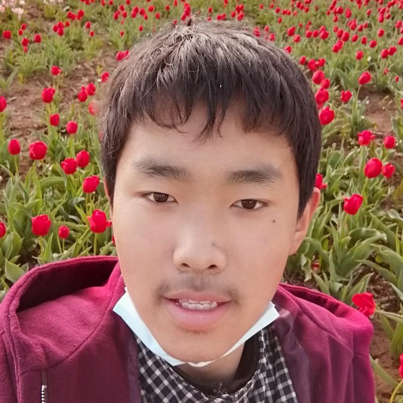 李勇泽的照片