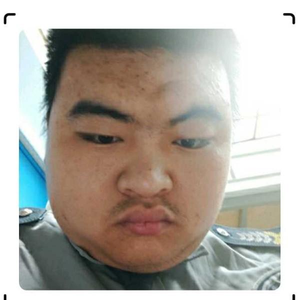 李金宏的照片