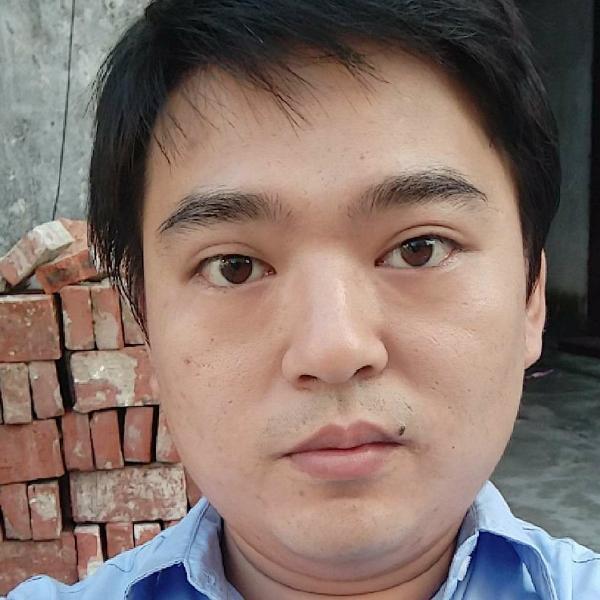 王尚昆照片