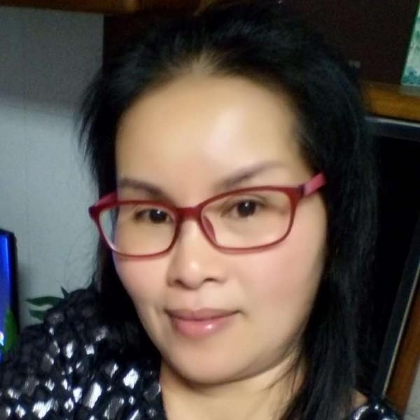 郑妮的照片