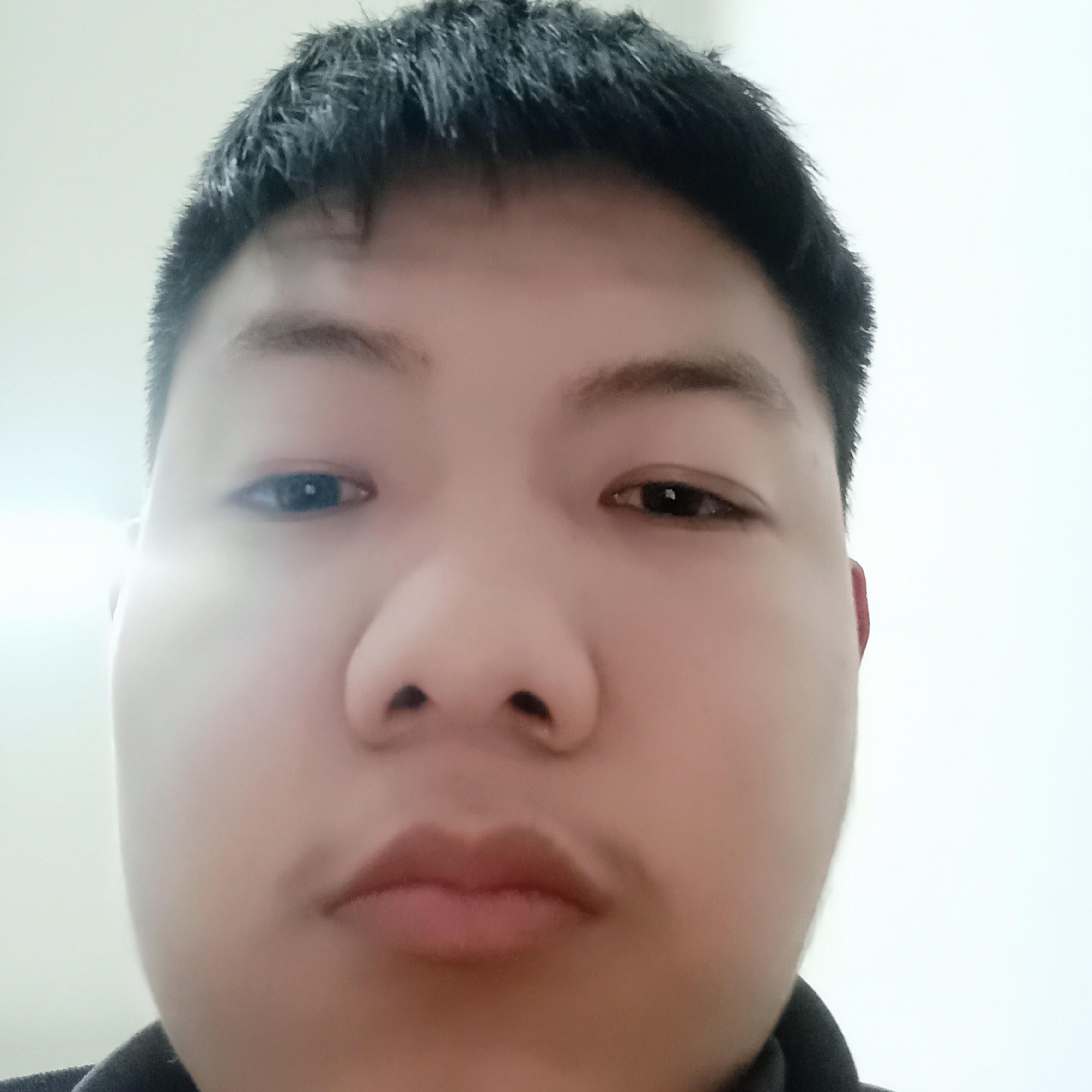 轩辕蹙眉酷酷的照片