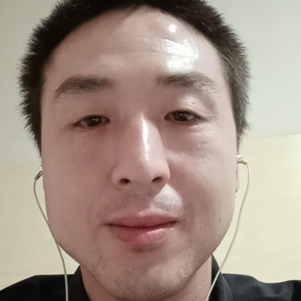 暖男耙耳朵男人照片