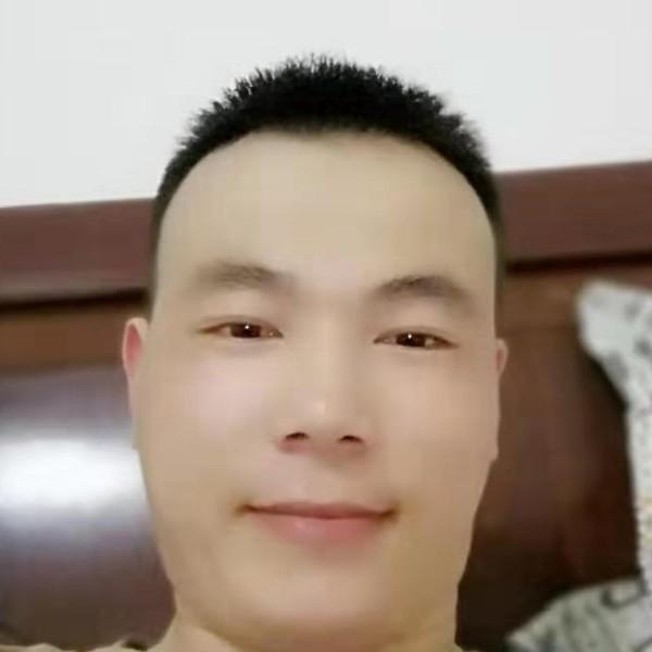 王洪扬的照片