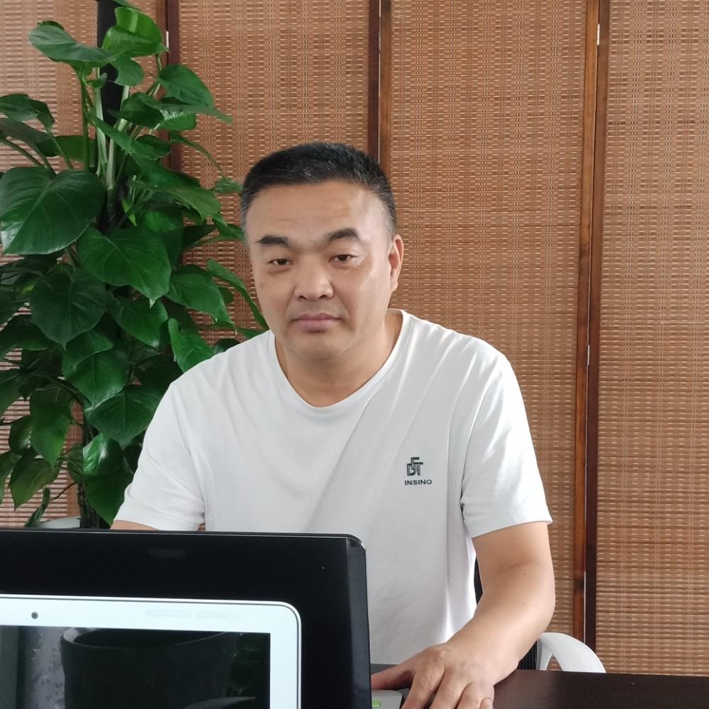 厚钧先生的照片