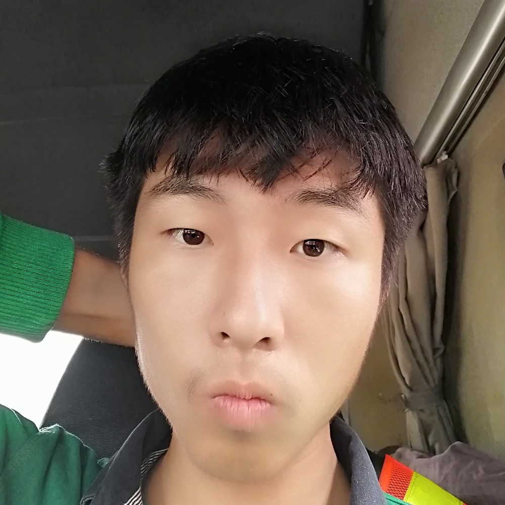 刘青昂的照片